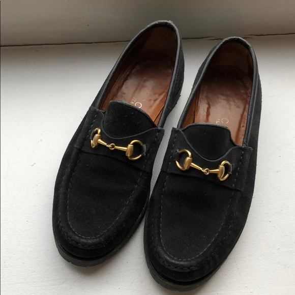 98a181cb Vintage Gucci suede loafers with classic buckle